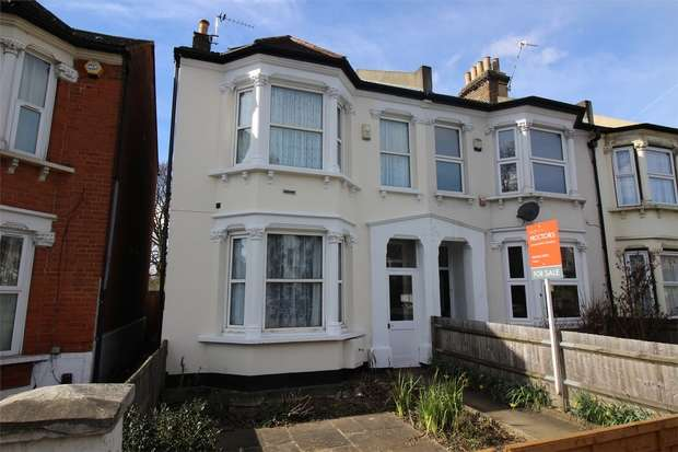 3 Bedrooms End Of Terrace House for sale in Elmers End Road, Anerley, London