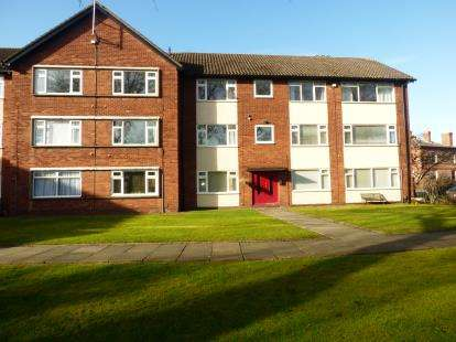 2 Bedrooms Flat for sale in Cambridge Road, Crosby, Liverpool, L23
