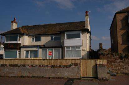2 Bedrooms Flat for sale in South Parade, West Kirby, Wirral, CH48