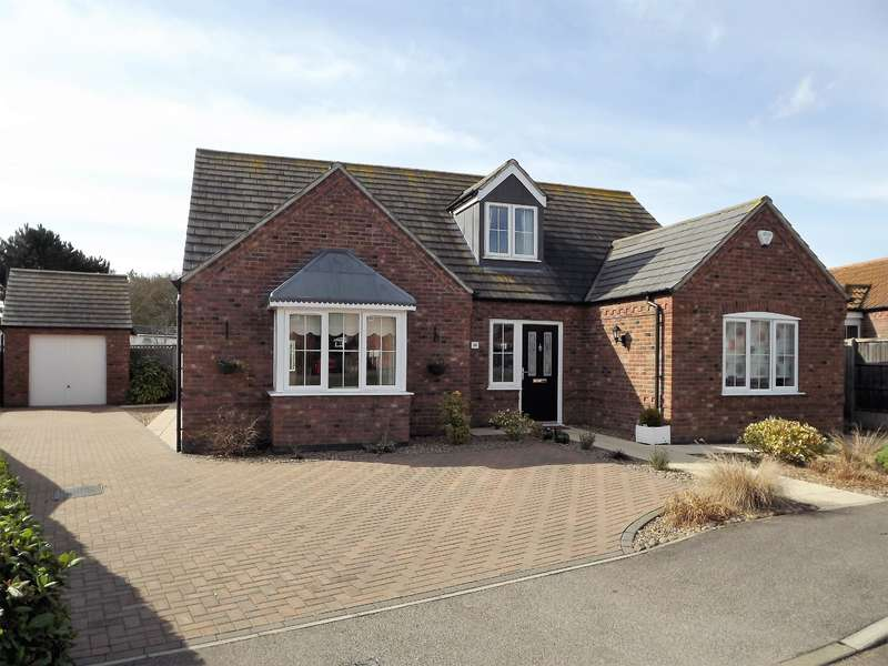 3 Bedrooms Bungalow for sale in Mill Close, Roughton Moor, Woodhall Spa, LN10 6UT