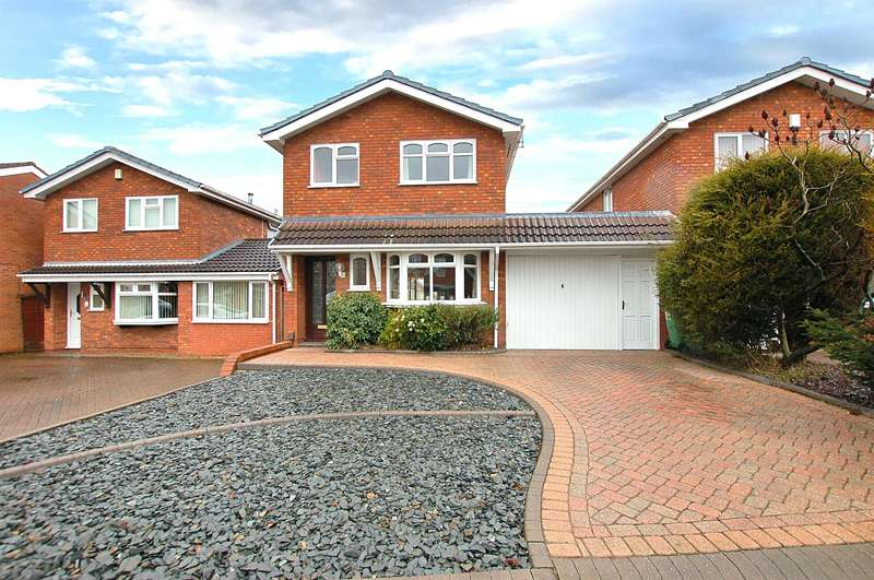 4 Bedrooms Detached House for sale in Sandringham Way , Brierley Hill , DY5 3JR
