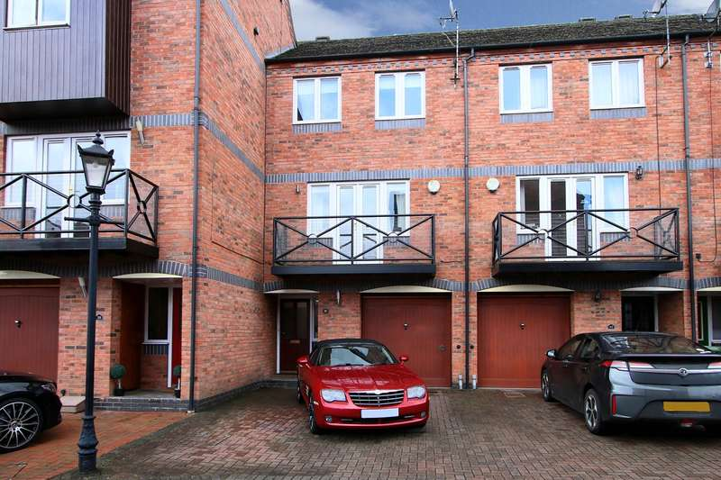 4 Bedrooms Town House for sale in Round Hill Wharf, Kidderminster, DY11