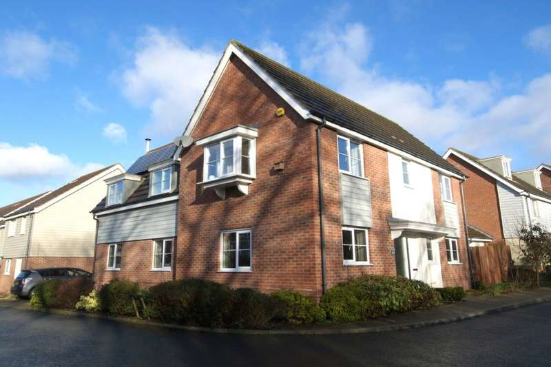 4 Bedrooms Detached House for sale in Rose Avenue, Queens Hill , Norwich, NR8
