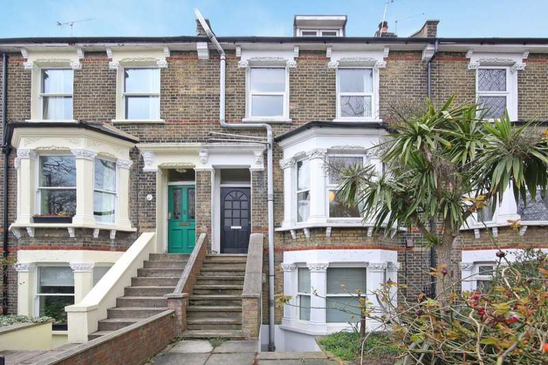 2 Bedrooms Flat for sale in St. Giles Road, Camberwell, London, SE5