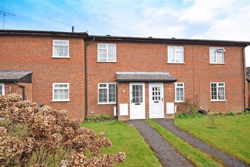 1 Bedroom Terraced House for sale in Orchard Way, Holmer Green