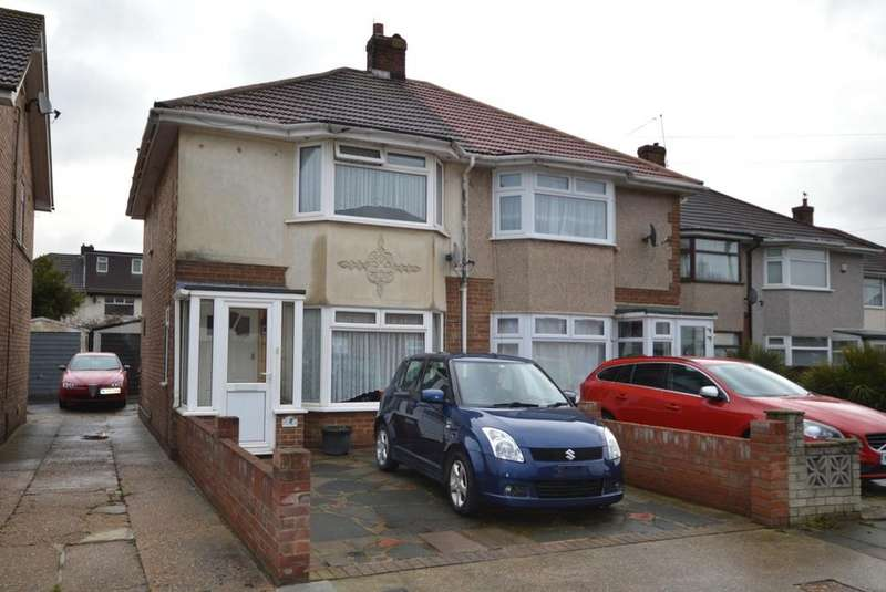 2 Bedrooms Semi Detached House for sale in Hesselyn Drive, Rainham, Essex, RM13