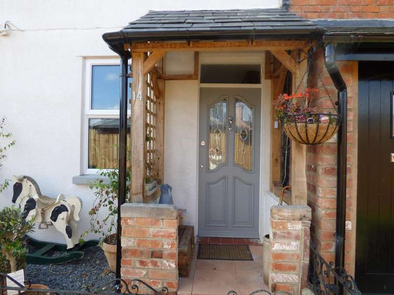 2 Bedrooms Terraced House for sale in Queen Street, Cirencester