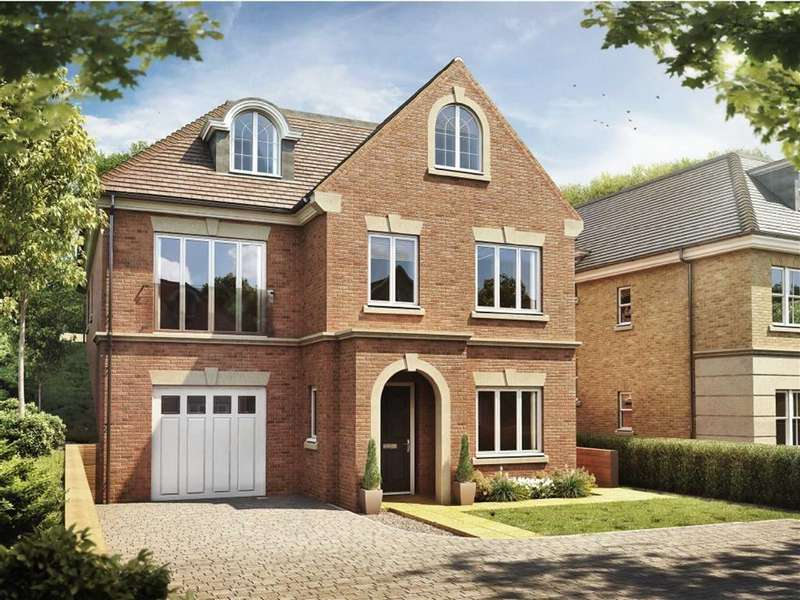 4 Bedrooms Detached House for sale in Ruxley Crescent, Claygate, Surrey, KT10