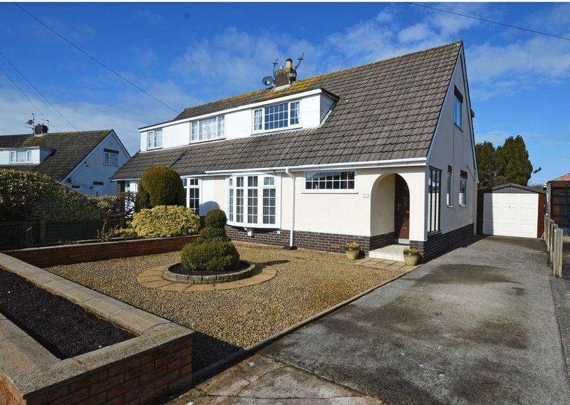 3 Bedrooms Semi Detached Bungalow for sale in Royston Road, Poulton-Le-Fylde, FY6 7JX