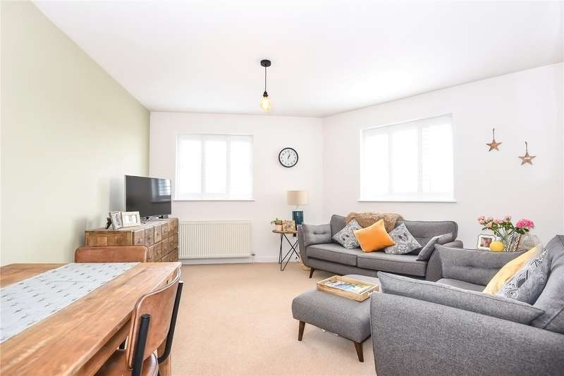 2 Bedrooms Apartment Flat for sale in Berry Lane, Rickmansworth, Hertfordshire, WD3