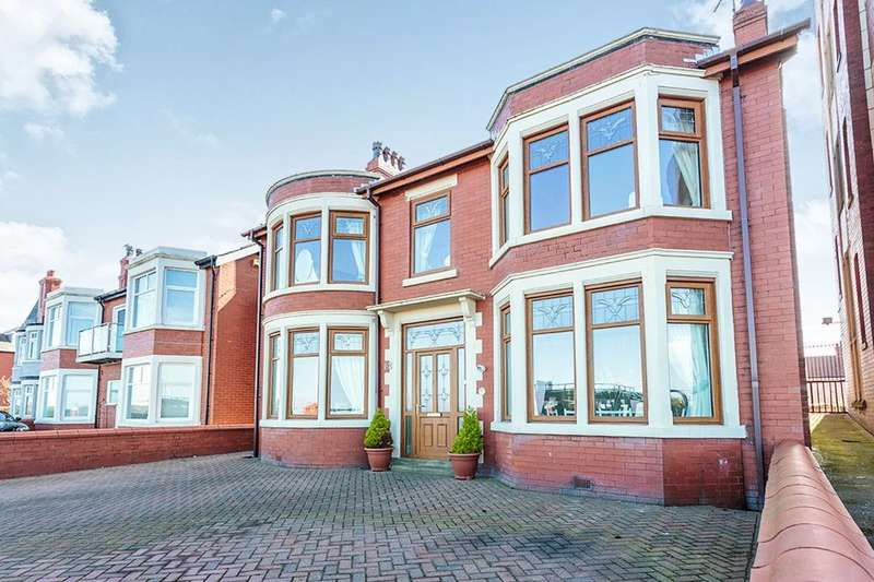 5 Bedrooms Detached House for sale in The Esplanade, Fleetwood, FY7