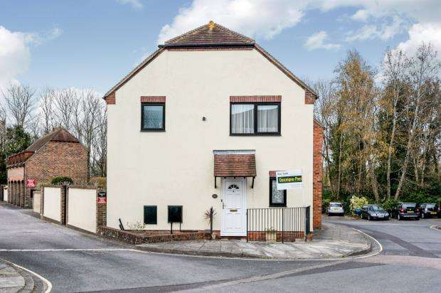 3 Bedrooms End Of Terrace House for sale in Emsworth, Hampshire