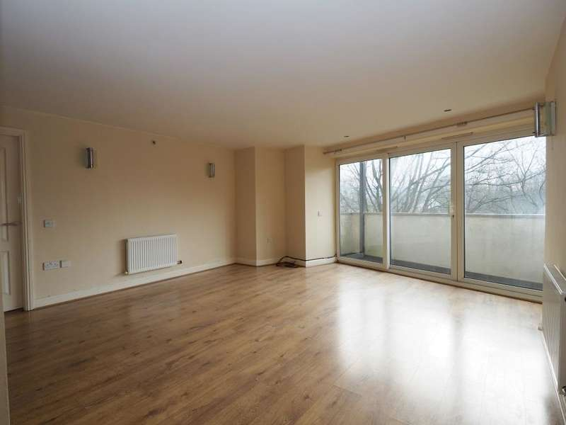 2 Bedrooms Apartment Flat for rent in Union Road, New Mills, High Peak, Derbyshire, SK22 3ES