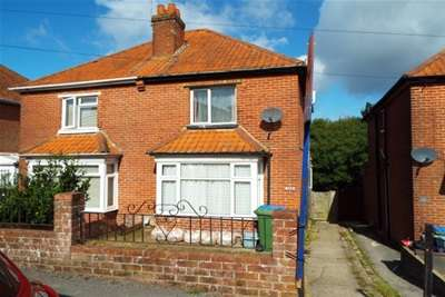 2 Bedrooms House for rent in Ash Tree Road, Bitterne