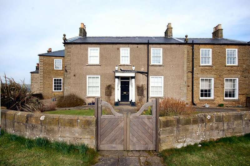 1 Bedroom Ground Flat for sale in Sneaton Hall, Whitby YO22