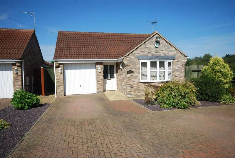 3 Bedrooms Detached Bungalow for sale in Burr Lane, Spalding