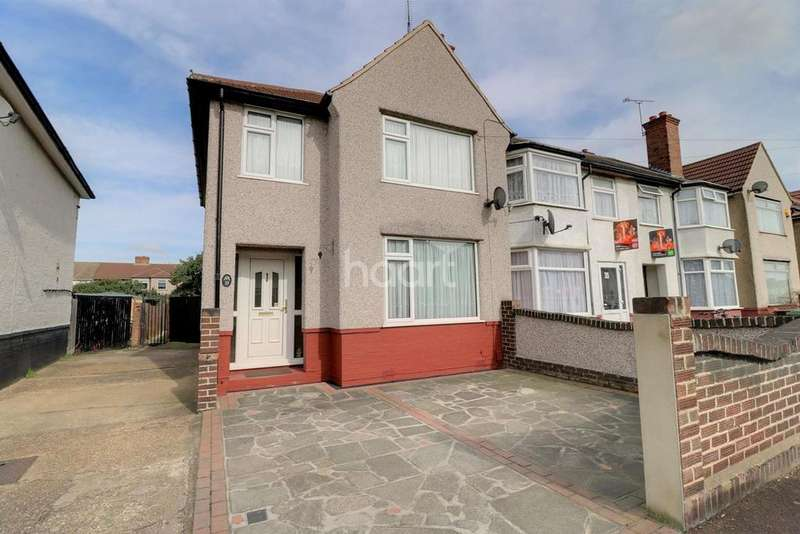 3 Bedrooms End Of Terrace House for sale in First Avenue, Dagenham