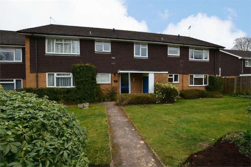 2 Bedrooms Flat for sale in Pit Farm Road, GUILDFORD, Surrey