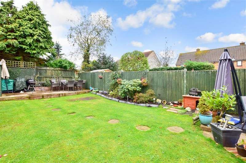 5 Bedrooms Semi Detached House for sale in Delius Drive, Tonbridge, Kent