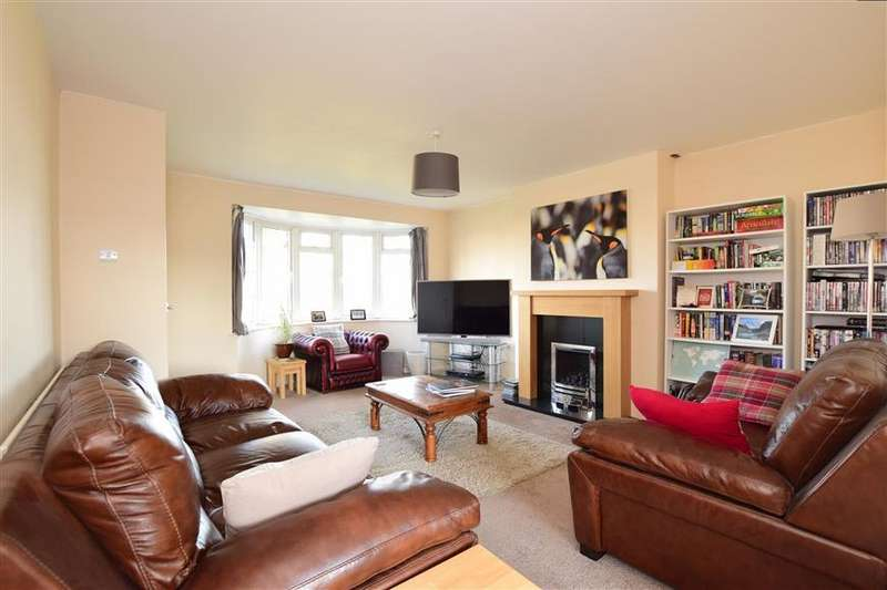 3 Bedrooms Terraced House for sale in Browns Lane, Uckfield, East Sussex