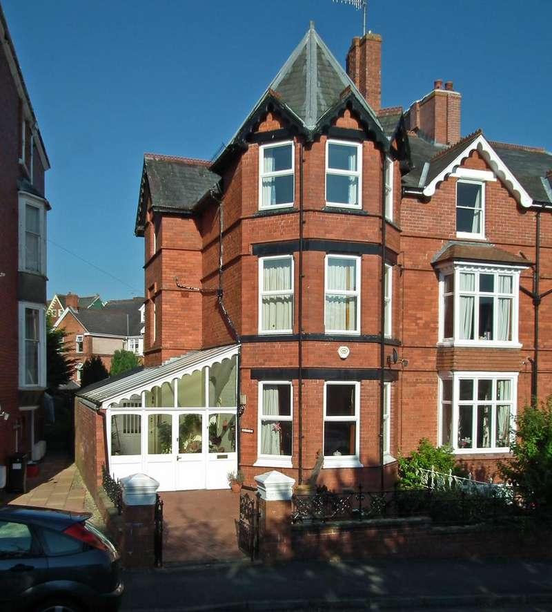 4 Bedrooms Semi Detached House for sale in Mentone, Spa Road, Llandrindod Wells LD1 5EY