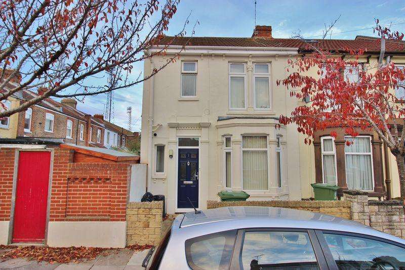 4 Bedrooms Terraced House for sale in Claydon Avenue, Southsea