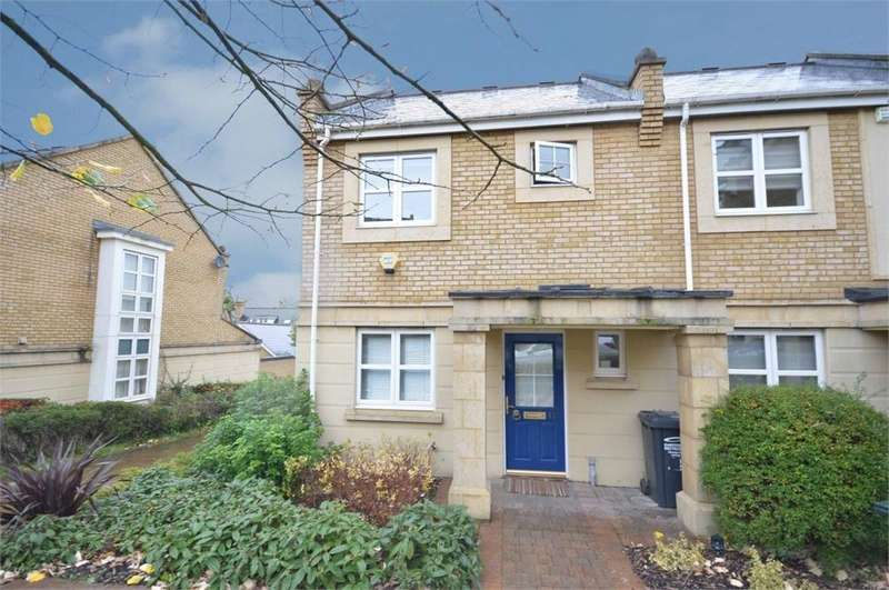 3 Bedrooms End Of Terrace House for rent in Kingfisher Drive, Waterstone Park, Greenhithe