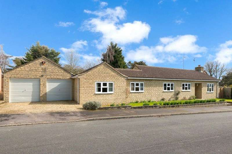 3 Bedrooms Detached Bungalow for sale in Wendover Close, Rippingale, Bourne, PE10