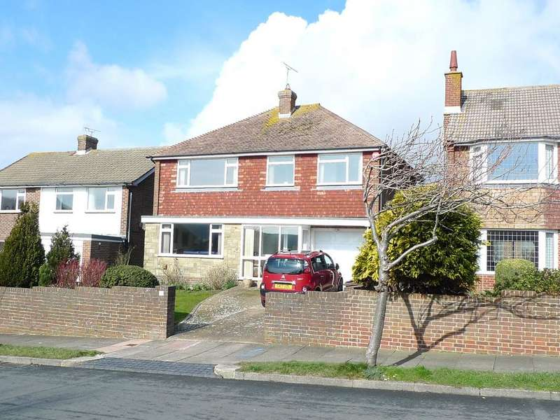 4 Bedrooms Detached House for sale in Stuart Avenue, Old Town, Eastbourne, BN21