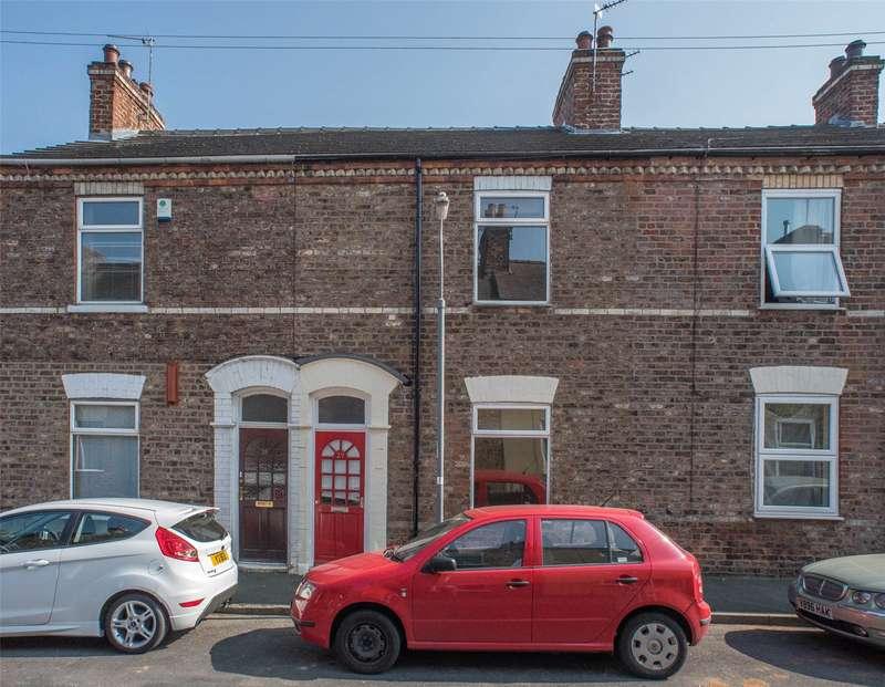 4 Bedrooms Terraced House for rent in Lansdowne Terrace, York, YO10