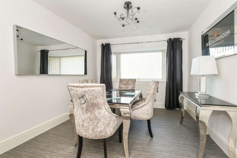 3 Bedrooms Semi Detached Bungalow for sale in Cog Road, Sully, Penarth
