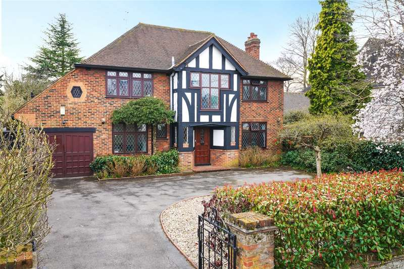 5 Bedrooms Detached House for sale in The Drive, Esher, Surrey, KT10