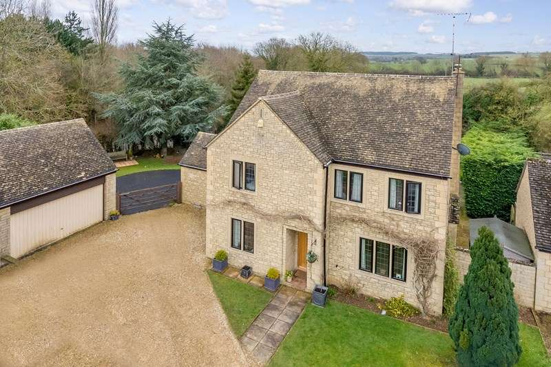 5 Bedrooms Detached House for sale in Sinnels Field, Shipton-under-Wychwood, Chipping Norton