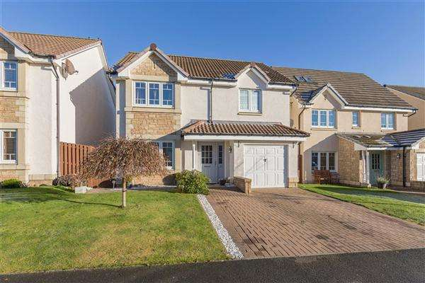 4 Bedrooms Detached House for sale in Maitland Road, Lauder