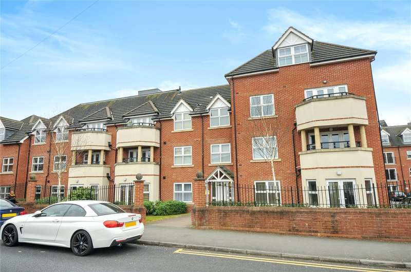 2 Bedrooms Apartment Flat for sale in Cheriton Lodge, Pembroke Road, Ruislip, Middlesex, HA4