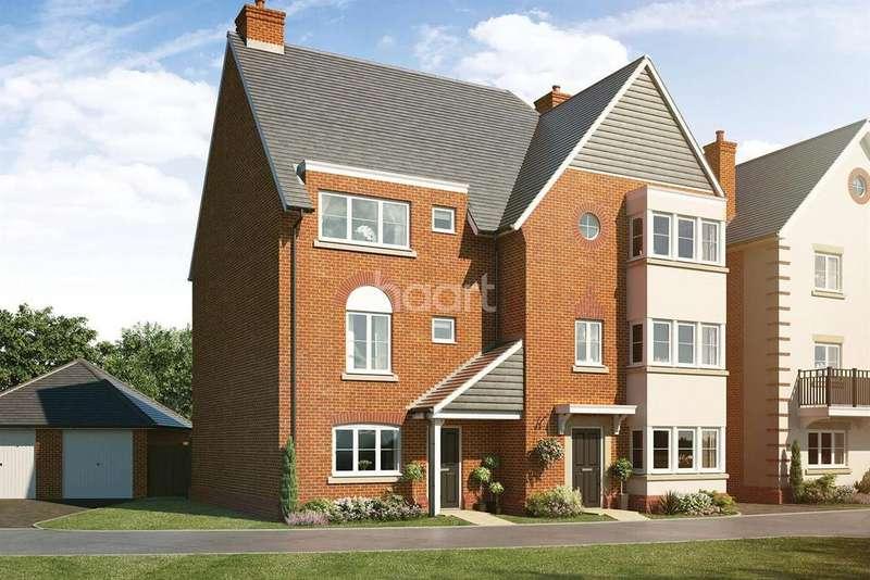 4 Bedrooms Semi Detached House for sale in Montgomery Gardens, Aldershot