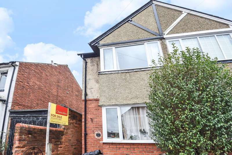 2 Bedrooms House for sale in Kent Road, Reading, RG30