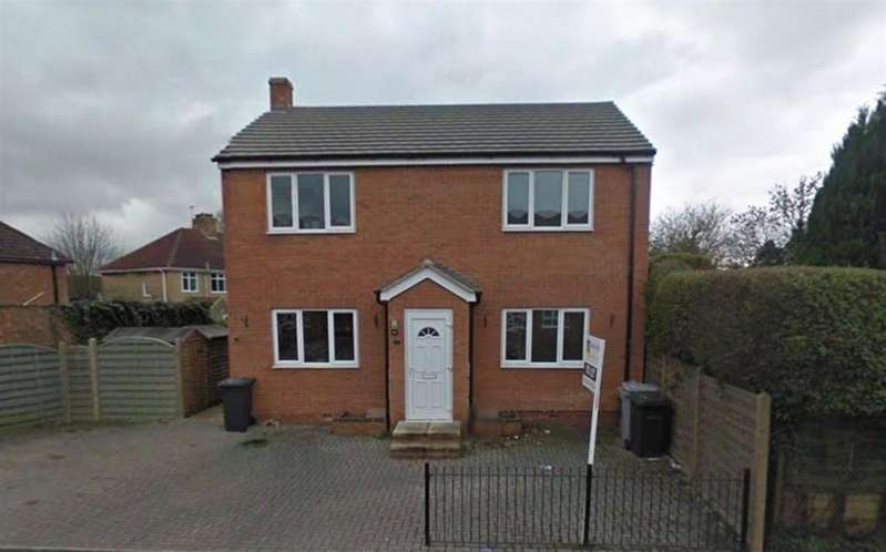 2 Bedrooms Flat for rent in Oxford Street, Rothwell, Kettering, Northants