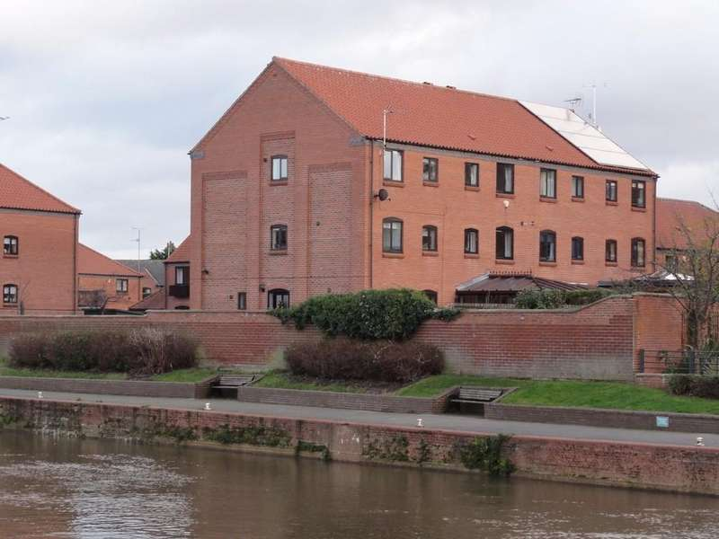 3 Bedrooms Town House for rent in 27 Brewers Wharf, Newark
