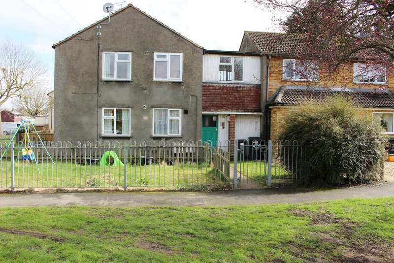 2 Bedrooms Apartment Flat for rent in Kingswood Avenue, Swindon