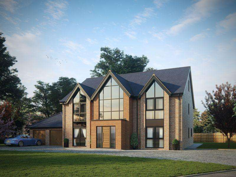 5 Bedrooms Detached House for sale in The Mynd, Norton in Hales, Market Drayton