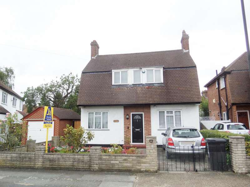 3 Bedrooms Detached House for sale in Allerford Road, London