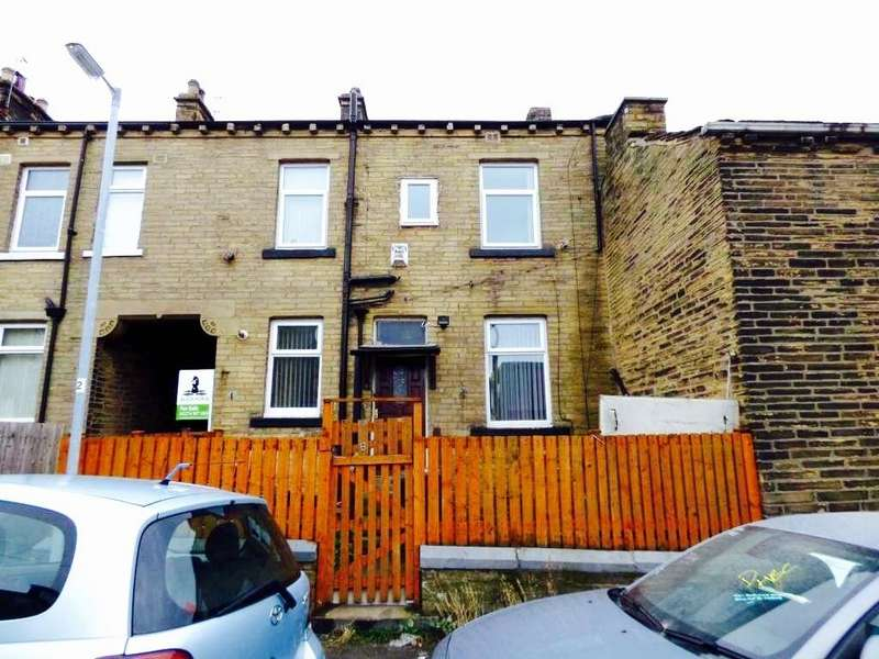 2 Bedrooms Terraced House for rent in West Park Terrace, Bradford, BD8