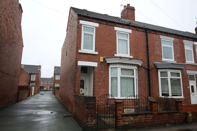 3 Bedrooms End Of Terrace House for rent in King Street, Normanton