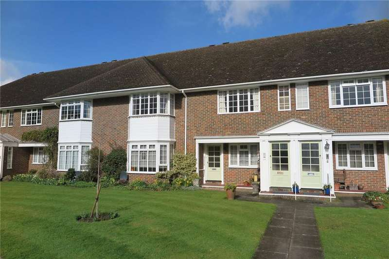 2 Bedrooms Retirement Property for sale in Trafalgar Court, Farnham, Surrey, GU9