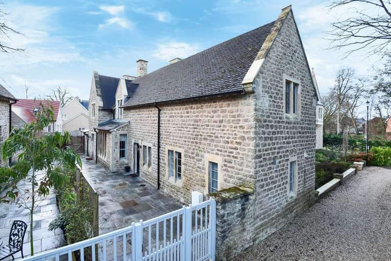 2 Bedrooms Cottage House for sale in Lawn Upton Close, Oxford, OX4