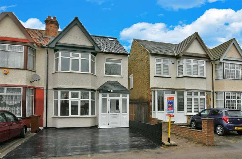 4 Bedrooms End Of Terrace House for sale in Hall Lane, London