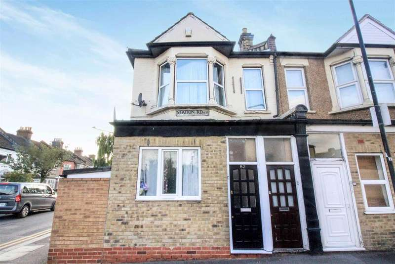 3 Bedrooms Flat for sale in Station Road, London