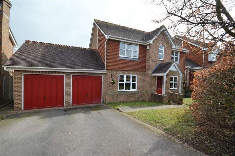 4 Bedrooms Detached House for sale in Merryfields Close, Hartley