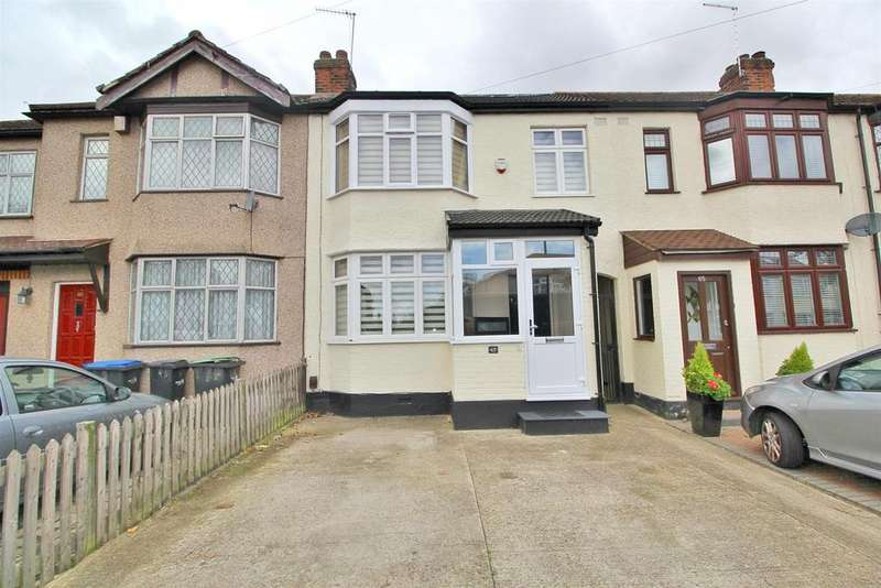 4 Bedrooms Terraced House for rent in Carnarvon Avenue, Enfield